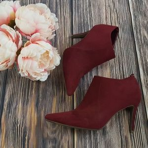 Old Navy, Faux Suede Ankle Booties, Wine, 9